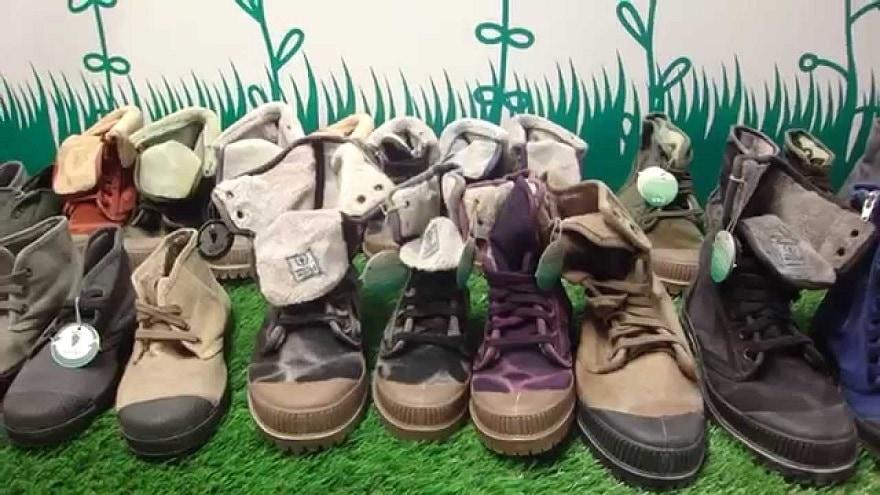 chaussures natural world
