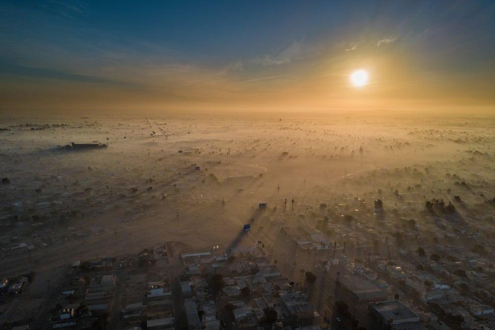 Nouvel An pollué à Mexicali, Baja California, Mexique