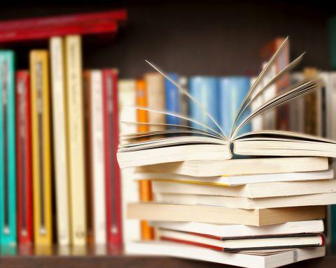 Lumières, la box de pépites à lire