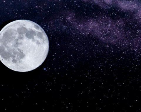 Il y a de l'eau sur la Lune