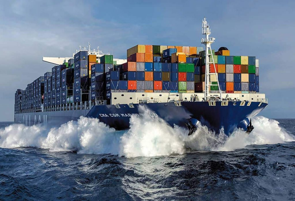 Un délire environnemental : pendant la pandémie, des centaines de milliers de conteneurs vides voyagent sur les océans