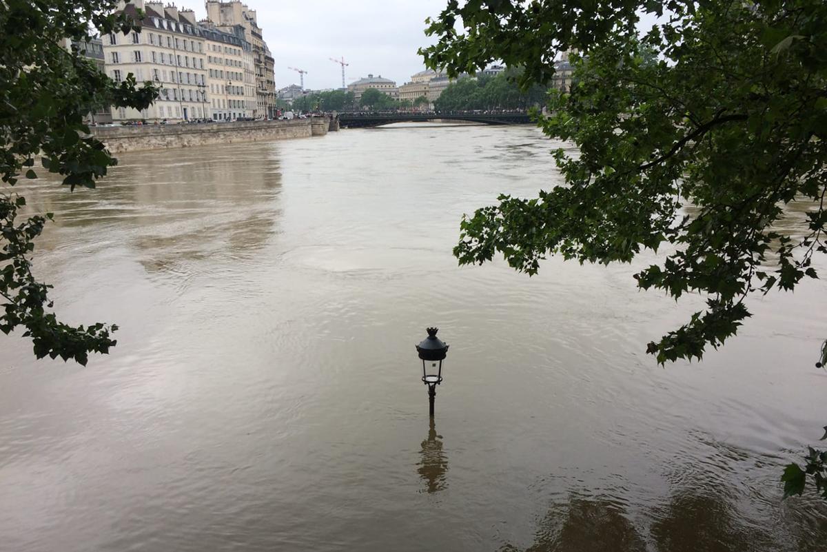 Inondations, canicules, pluies diluviennes : Paris se prépare au pire
